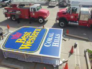 BEST WESTERN Coral Hills gets a new sign